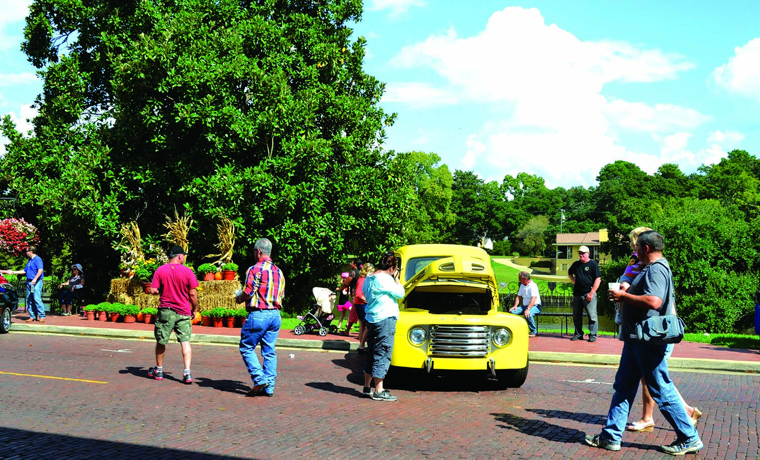 Downtown riverbank events city of natchitoches