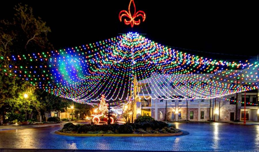 Natchitoches Christmas Festival.Festival Of Lights Turn On The Holidays City Of